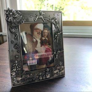 NWT Pewter Christmas / Holiday Frame